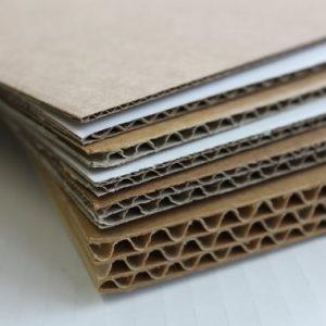 Plaque carton ondulé