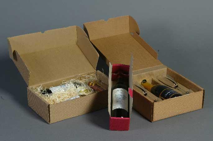 boite d coup e pr sentoir cadeau cartonnerie garnung. Black Bedroom Furniture Sets. Home Design Ideas